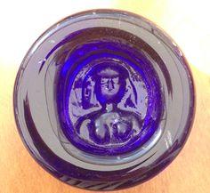 Glasföremål naken kvinna i blått Gamla Uppsalaloppis