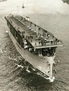 USS Langley ) was the United States Navy's first aircraft carrier, converted in 1920 from the collier USS Jupiter ). General Motors, Uss Hornet Cv 12, American Aircraft Carriers, Brown Water Navy, Scale Model Ships, Navy Carriers, Navy Aircraft Carrier, Us Navy Ships, Battleship