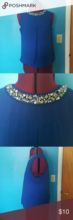 Flowy top w/rhinestone neckline Love flowy top. Perfect for work or fancy-casual occasions. Great condition, worn a few times. Sale! 50% off 3+ bundles! HeartSoul Tops Tank Tops