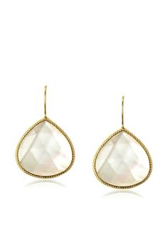 Perfectly dainty tear drop earrings.