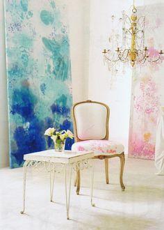 Carolyn Quartermaine decor extraordinaire