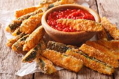 Zucchini Fries Recipe - Z Living Cheese Spaghetti, Spaghetti Sauce, Fries Recipe, Zucchini Fries, Summer Squash, Marinara Sauce, Healthy Side Dishes, Vegetarian Cheese, Healthy Alternatives