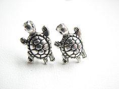 Silver Turtle Stud Earrings,  Sea Turtle Jewelry ! So pretty!!