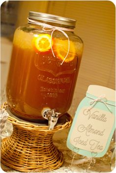 Sweetpea-Lifestyle: Thanksgiving Beverage: Vanilla Almond Iced Tea