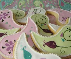 paisley shaped cookies
