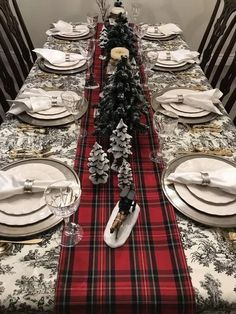 This classic red stewart tartan plaid table runner Table Runner Christmas, Christmas Dining Table, Christmas Table Centerpieces, Christmas Table Settings, Christmas Tablescapes, Holiday Tables, Fall Table, Christmas Candles, Thanksgiving Table