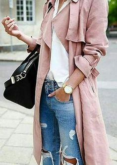 trench. ripped jeans. street style.