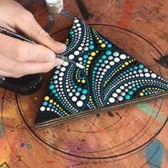Brandon Rollin (@brandon.dot.rollin) • Instagram photos and videos Seashell Painting, Dot Art Painting, Mandala Painting, Pebble Painting, Pebble Art, Stone Painting, Mandala Canvas, Mandala Dots, Recycled Art