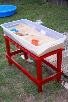 So much cheaper and it has a life beyond a sand table. Plastic bins are great for a backyard sand table. Just put the lid on when you're done! Projects For Kids, Diy For Kids, Crafts For Kids, Diy Projects, Tata Projects, Toddler Activities, Activities For Kids, Indoor Activities, Plastic Bins
