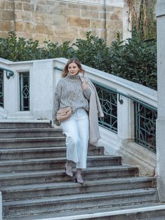 Winter Whites - so trägst Du Weiß im Winter - Basic Outfits, Different Styles, My Style, Beauty, Fashion, Winter White, Styling Tips, Floral Patterns, Fashion Trends