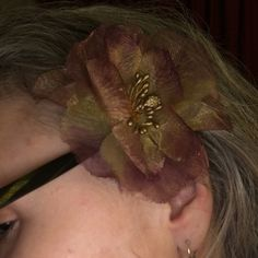Mauve and gold hair flower Hair flower accessory in a beautiful hombre mauve/gold. Accessories Hair Accessories