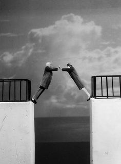 The secret of a long relationship. Original photo Gilbert Garcin.
