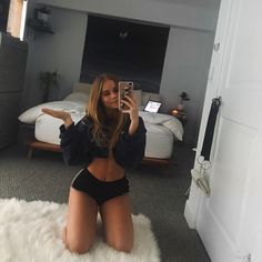 new room, new me ? Lexee Smith, 2 Instagram, New Me, New Room, Poses, Sexy, Healthy Fit, Happy Healthy, Mirror Selfies