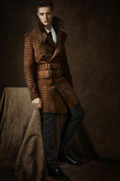 Mens Brown Crocodile Coat, Burberry Regent Street, men's Fall Winter Fashion.