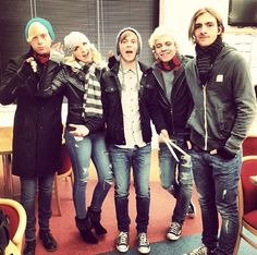Quiz: Are You the Ultimate R5 Fan?   BOP and Tiger Beat Online