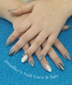 .Almond Grey and White Glitter Nails