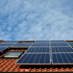 Florida Roof and Solar Contractors is veteran owned and operated, dedicated to being hardworking, trustworthy, and reliable in solar panel installations, continuing to serve! Solar Energy Panels, Solar Panels For Home, Best Solar Panels, Electricity Usage, Get Off The Grid, Solar Panel Installation, Smart Home Technology, Solar Energy System, Alternative Energy