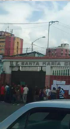 #30Jul (Video) Desde #Guatire #Miranda un centro electoral desolado ante el #FraudeConstituyente - http://www.notiexpresscolor.com/2017/07/30/30jul-video-desde-guatire-miranda-un-centro-electoral-desolado-ante-el-fraudeconstituyente/