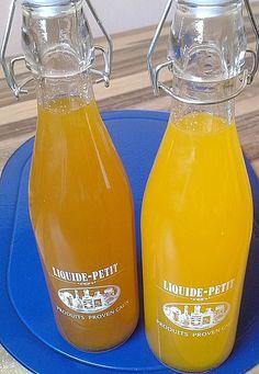 Mandarinen - Rum Likör, ein schmackhaftes Rezept aus der Kategorie Cocktail. Bewertungen: 25. Durchschnitt: Ø 4,2. Hot Sauce Bottles, Rum, Food And Drink, Drinks, Party, Recipes, Gifts, Marcel, Smoothies
