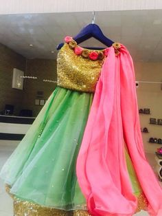Make your infant look tremendous lovely and cute carrying indian swimsuit and attire, Get it persona Kids Indian Wear, Kids Ethnic Wear, Indian Party Wear, Baby Girl Dresses, Little Dresses, Girl Outfits, Frocks For Girls, Kids Frocks, Kids Lehenga Choli