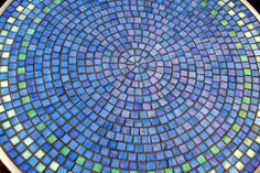 DIY Mosaic Table | English (US)
