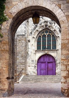 Burgundy _ France purple doors
