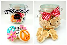 GREAT blog about cookie decorating, this is a cute idea to put mini cookies in jars for gifts, maybe next holiday season