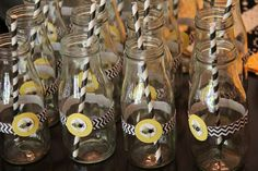 Drinks at a Bumble Bee Baby Shower #babyshower #bumblebee