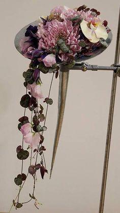 A unique bouquet for a truely original bride. Suit a Japanese, shabby chick or natural theme