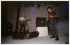https://flic.kr/p/HN4xK4 | SODA STEREO: DYNAMO en Mar del Plata - 1993 | SODA STEREO: Gira DYNAMO.  Gustavo Cerati y Flavio Etcheto durante Primavera 0.  Superdomo de Mar del Plata. Febrero de 1993. #Cerati  Fotografía compartida por Flavio en su twitter.   www.facebook.com/FlacoStereo.Ok/photos/a.408686690848.179...