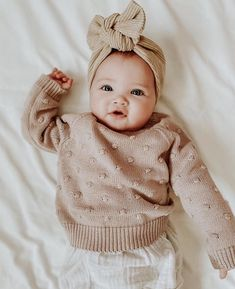 So Cute Baby, Cute Kids, Cute Babies, Baby Kids, Adorable Little Girl, Toddler Girls, Cute Baby Girl Outfits, Cute Baby Clothes, Stylish Baby Girls