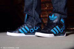 day 203: Adidas Hard Court Big Logo #adidas #adidashardcourt #hardcourt #sneakers - DAILYSNEAX