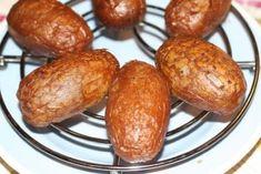 Røgede kartofler Saucer, Baked Potato, Potatoes, Baking, Ethnic Recipes, Potato, Bakken, Backen, Baked Potatoes