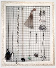 Julie Ann Art: Jewelry Holder Tutorial