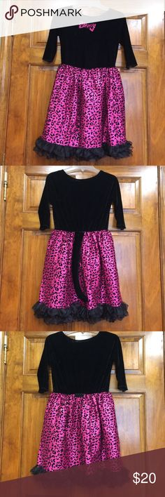"""Girls """"cat"""" dress Girls size L/XL """"cat"""" dress. Brand unknown. Skirt has sequin detailing, underskirt to give it body, and also has a lining. Also has a detachable tail. Would make a cute Halloween costume. Costumes Halloween"""