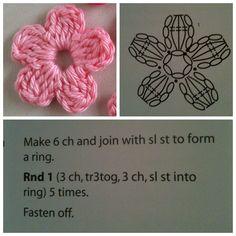 Crochet & knitting — maria-cro: pattern for the cute flowers :) i. Crochet Small Flower, Crochet Simple, Crochet Flower Tutorial, Crochet Flower Patterns, Love Crochet, Crochet Designs, Crochet Flowers, Crochet Baby, Crochet Motifs