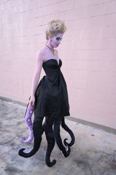 Ursula costume! DIY EVERYTHING | Superholly #Diyhalloweencostumes #halloweencostumesadult