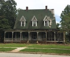 "106 Likes, 5 Comments - The Georgia Trust (@thegeorgiatrust) on Instagram: ""AVAILABLE FOR REHAB: Little House, 1876 in Louisville, GA Loaded with potential, this house was…"""