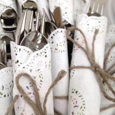 dukningstips bröllop duka spets linne inspiration bord bestik tips ide