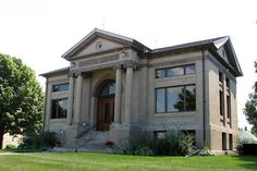 Etta C. Ross Historical Museum, used as a library until 1985, now houses historical artifacts, genealogical records and records of Faribault County. Blue Earth, MN.