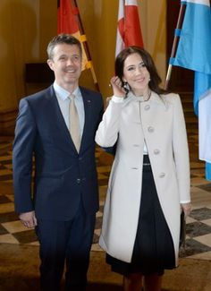 Crown Prince Frederik and Crown Princess Mary of Denmark met with Bavarian Minister Horst Seehofer, his wife Karin and bavarian economic minister Ilse Aigner at the Bavarian residence during their visit in Germany on May 20, 2015 in Munich, Germany. (The Danish royal couple is on a working visit to Germany entitled 'Danish Living' until 21 May)