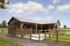 Our most popular stable scheme, which works well in the corner of a paddock or field and offers a compact, sheltered working environment.