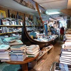Libreria Acqua Alta (Venezia)