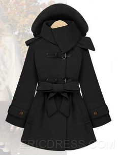 To find out about the Black Removable Hooded Long Sleeve Drawstring Coat at SHEIN, part of our latest Outerwear ready to shop online today! Fall Winter Outfits, Winter Fashion, Columbia, Cute Coats, Fade Styles, Hot Outfits, Blazer, Mode Inspiration, Outerwear Women