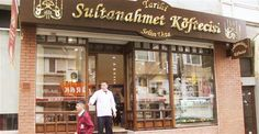 A company which was declared last week to be the true owner of the Sultanahmet Köfte (meatball) brand has asked a rival company to remove signboards with the name of Sultanahmet Köfte from its 200 branches around the company.
