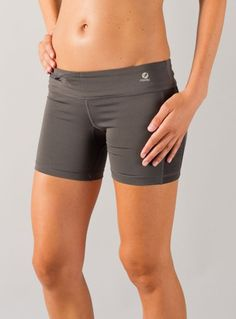 Only the style & simplicity of the  @oiselle stride short will do for me on race day! stride short with zip pocket