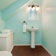 Paint Color Advice - Interior & Exterior Paint Colors For Any Project Green Paint Colors, Best Paint Colors, Exterior Paint Colors, Interior Design Tips, Interior And Exterior, Interior Inspiration, Design Inspiration, Paint Color Visualizer, Small Bathroom Paint Colors