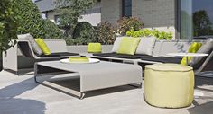This is my favorite outdoor set Outdoor Furniture Design, Garden Furniture, Paola Lenti, Marbella Spain, Swimming Pool Water, Outdoor Spaces, Outdoor Decor, Outdoor Settings, Seat Pads