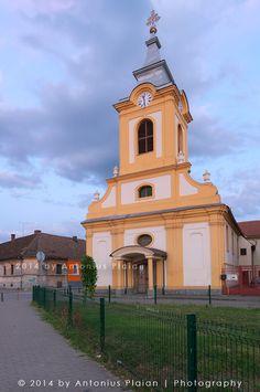 Biserica greco-catolică Sf. Maria (1765), Piaţa Mitropolit Sterca Suluţiu 1, Timișoara; stil baroc austriac
