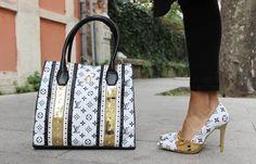 stunning as a princess Louis Vuitton Shoes, Vuitton Bag, Louis Vuitton Handbags, Tote Handbags, Luxury Purses, Luxury Bags, Zapatillas Louis Vuitton, Fashion Bags, Fashion Shoes